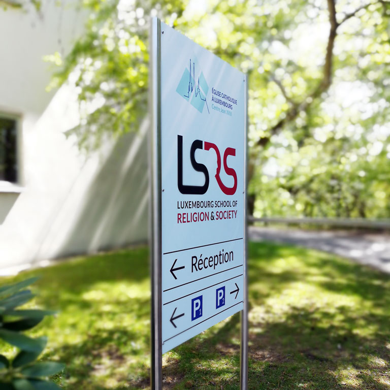 Centre Jean XXIII | LSRS - outdoor sign